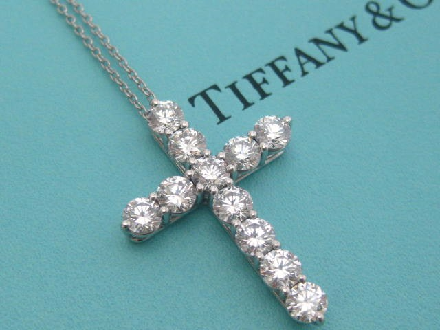 tiffany co diamond cross necklace platinum large model. Black Bedroom Furniture Sets. Home Design Ideas